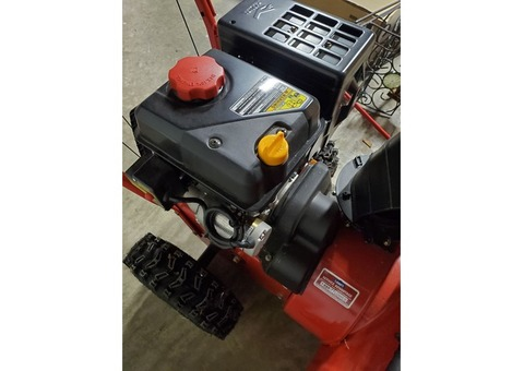Troy bilt 2 stage snow blower