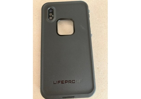 Life proof water proof phone cover